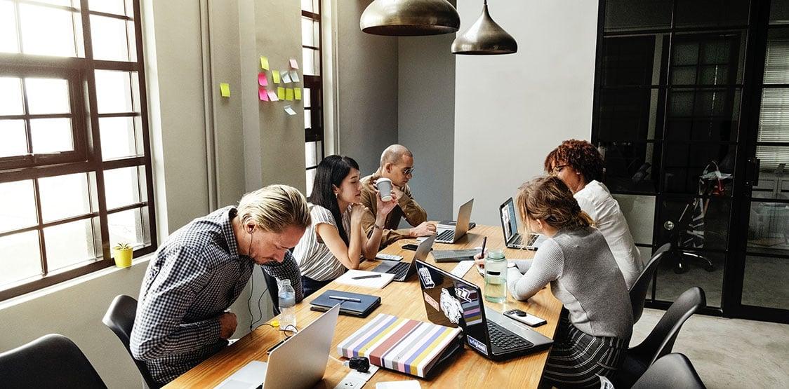 brainstorming-partner-collaboration